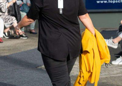 Schlichtes schwarzes Shirt mit überschlagener Rückenpartie - Viscose